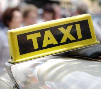 Про таксистов-должников и нападение на Яндекс Такси в Москве