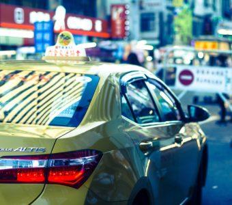 Апрельский дайджест LET`S TAXI: рынок такси в Москве и в мире
