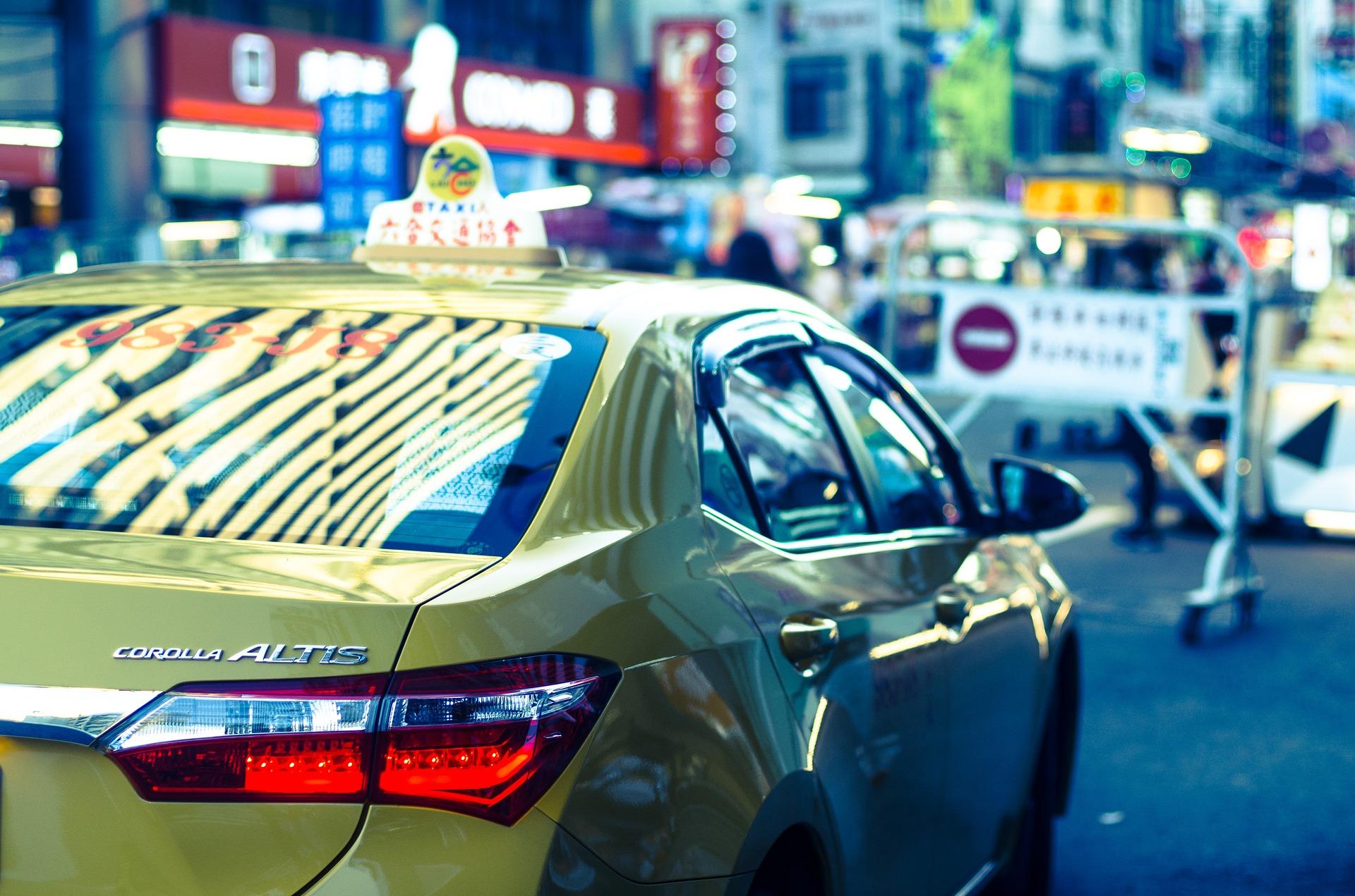 Такси в апреле