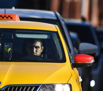 Угрожают Яндекс Такси в Грозном
