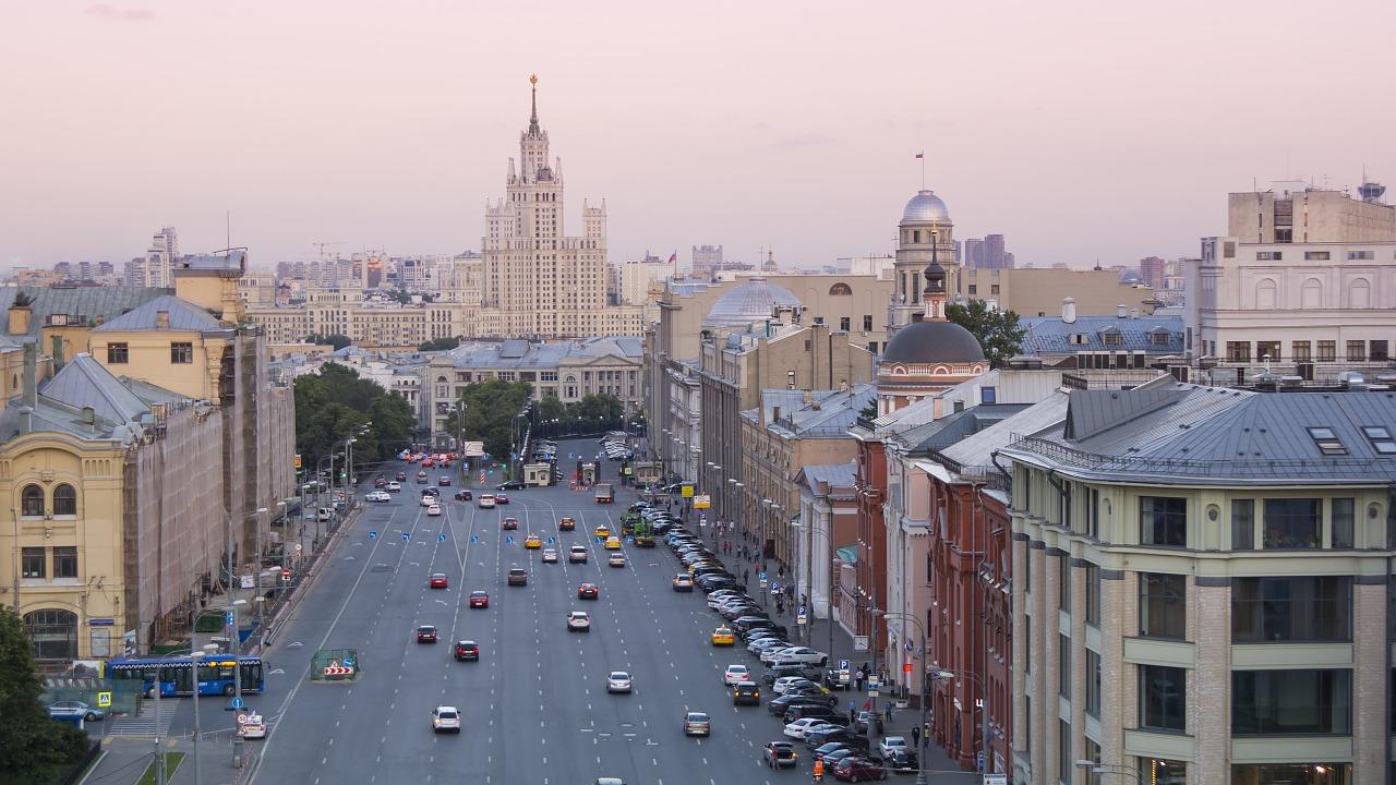 Обновление дорог в москве