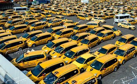 обновление автопарка такси