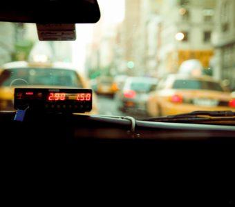 Слухи о повышении цены на аренду машин в такси